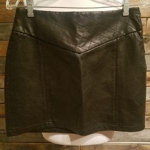 Zara Essential Black Pleather Leather Mini Skirt
